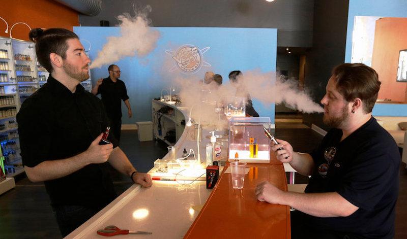 California Raises Legal Age for Tobacco Sales